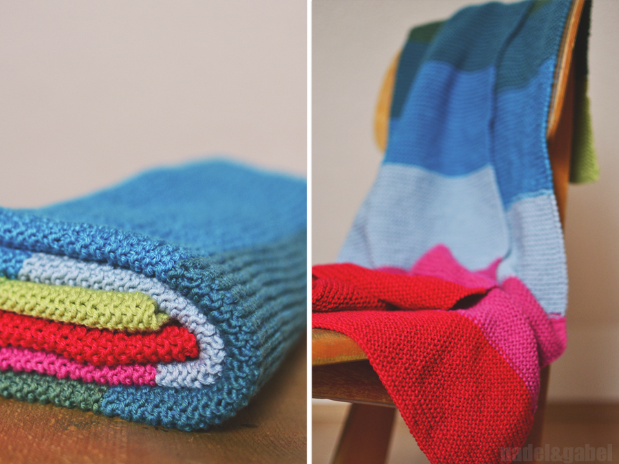 The snug and warm knitted baby blanket